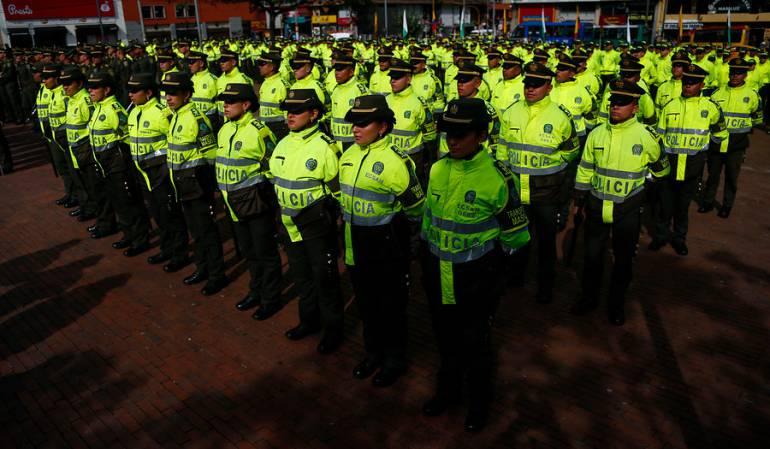 Se atacará a grupos llamados 'paramilitares': 1.088 policías atacarán a supuestos grupos llamados 'paramilitares' en el país
