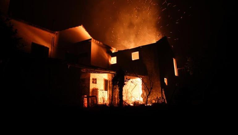 57 muertos y 59 heridos deja incendio en Portugal
