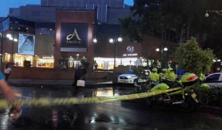 Atentados en Centro Comercial Andino, Bogotá