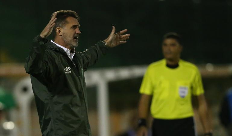 Chapecoense despidió a su entrenador por malos resultados