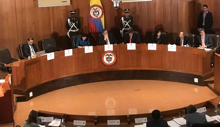 Víctimas del conflicto armado: Corte ordenó a empresas de servicios públicos tener trato especial con víctimas del conflicto