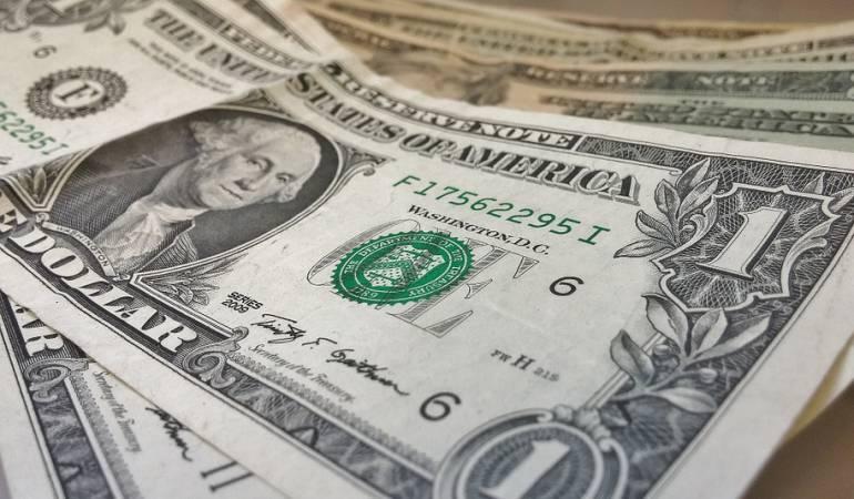 Alza del dólar: ¿Quién gana y quién pierde con el alza del dólar?