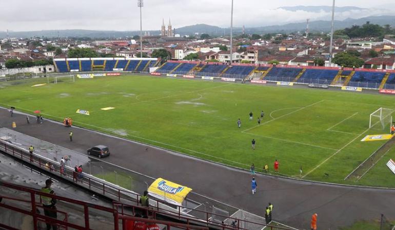 Fútbol colombiano: Establecido convenio para arreglar el estadio de Tuluá