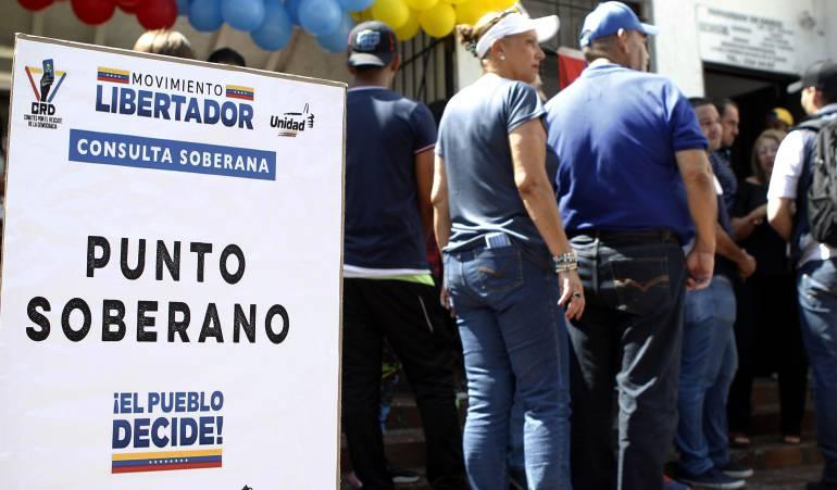 Consulta popular en Venezuela: Dos personas muerta deja ataque de colectivo chavista a centro de votación