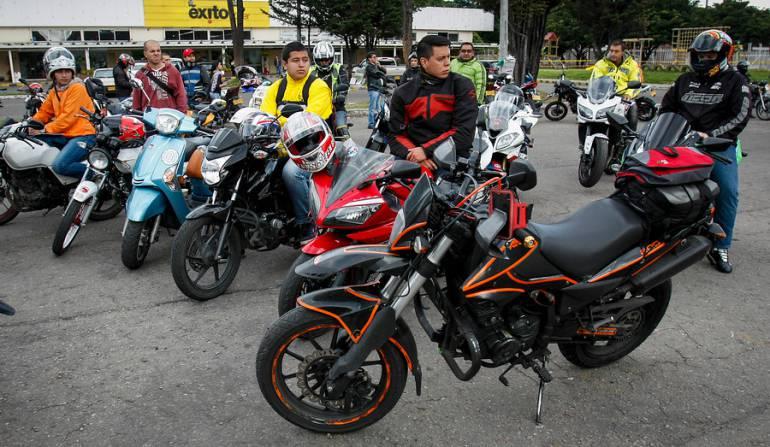 """Licencia conducción motos: Licencia para conducción de motos no pueden ser """"regaladas"""": Andi"""