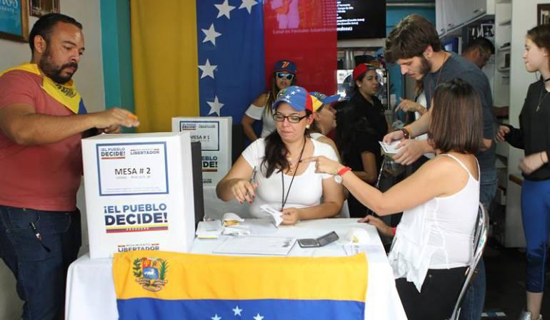 Crisis Venezuela constituyente: Chavismo acusa a oposición de inventarse 5 millones de votos en su consulta