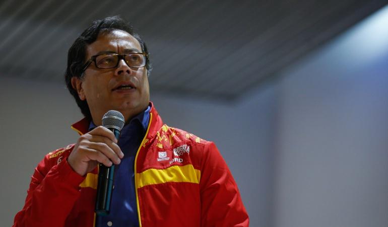 Uribe será demandado por llamar 'violador' a periodista