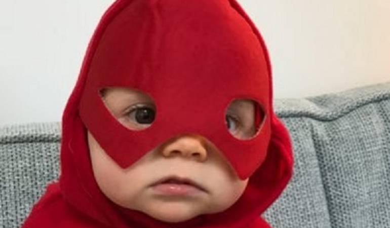 "Batman: primera palabra de un bebé: Bebé dice como primera palabra ""Batman"""