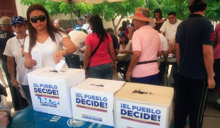 Emite mensaje de advertencia a ciudadanos estadounidenses en Venezuela