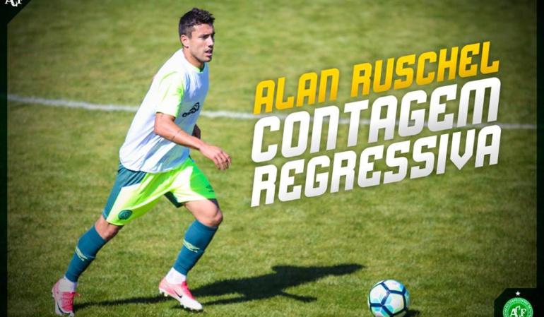 Chapecoense Alan Ruschel: Alan Ruschel, supervivientes del accidente aéreo volvió a jugar