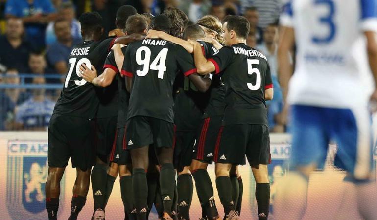 Milan Universitatea Craiova Europa League: Zapata y el renovado Milan inician con triunfo la fase previa de Europa League