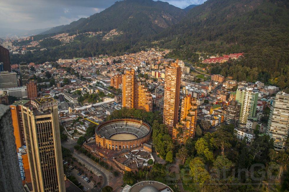 Bogotá: la capital de Colombia suele cautivar a los visitantes por su mezcla entre la modernidad y la historia.