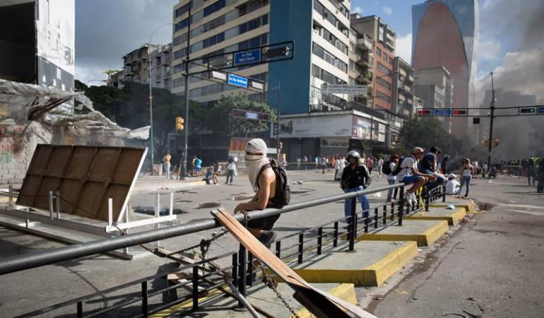 Crisis Venezuela Constituyente: 16 personas han muerto este domingo, según la oposición