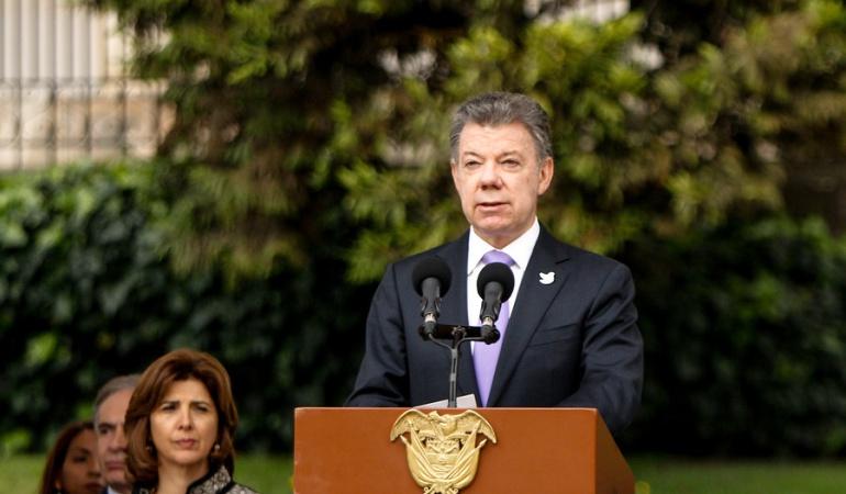 Presidente Santos anuncia relevos en su gabinete