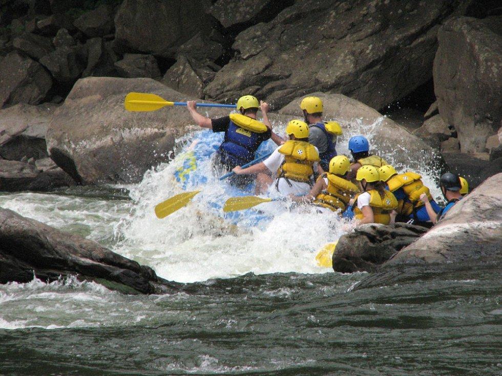 Rafting o Canotaje: este deporte lo puede practicar en Tobia.