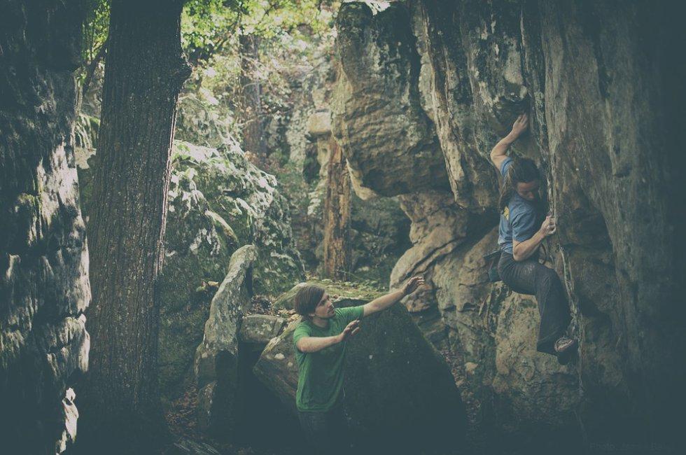 Escalada de rocas: este deporte lo puede practicar en Suesca.
