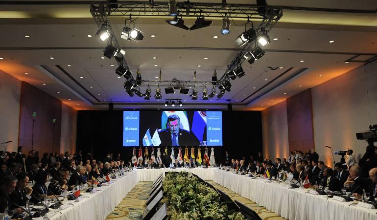 """Cancilleres Mercosur tomarán en Brasil decisión """"definitiva"""" sobre Venezuela"""