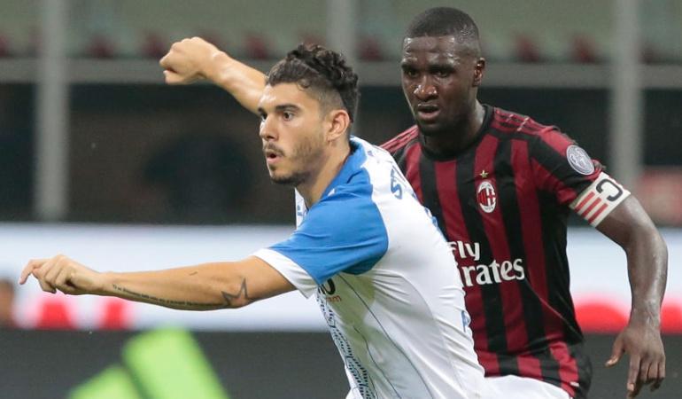 Futbolistas colombianos en el exterior: Zapata avanza con el Milan y Arias queda eliminado con el PSV de la Europa League