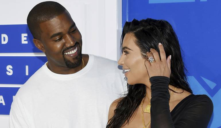Kanye West y su esposa, Kim Kardashian