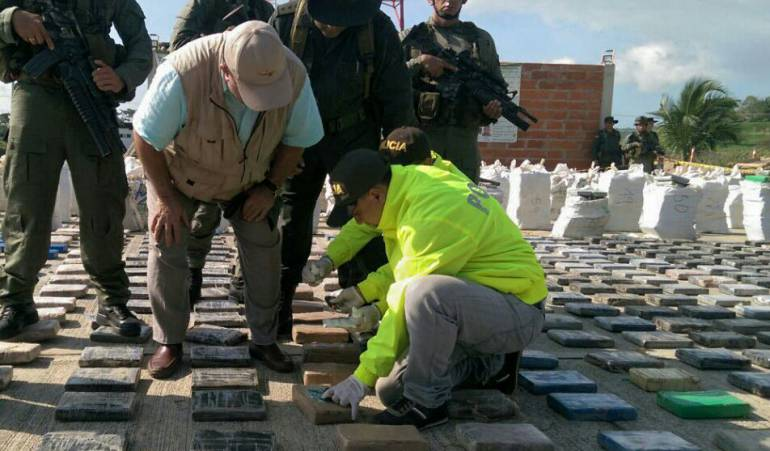 Incautan una tonelada de cocaína en Buenaventura