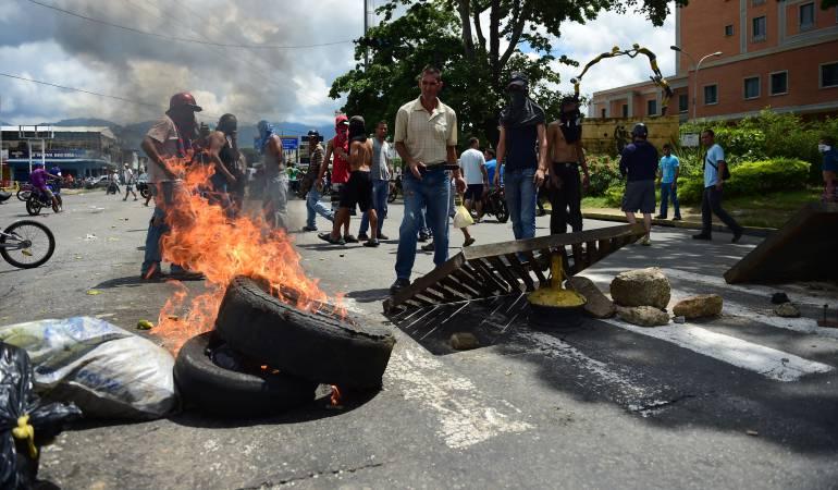 Oficialismo en Venezuela se manifiesta en las calles contra las declaraciones de Donald Trump