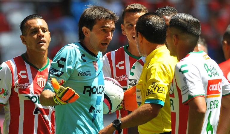 Fútbol: José Borda le explica: en el fútbol no se sancionan las devoluciones