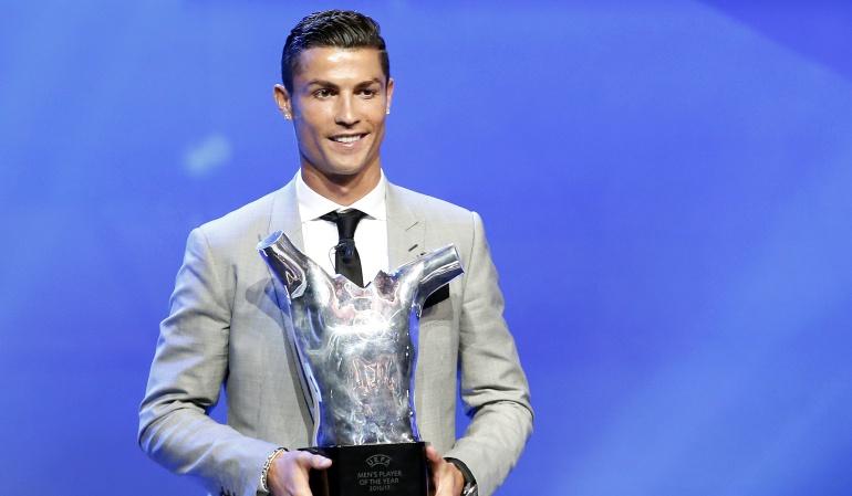 Cristiano Ronaldo UEFA: Cristiano Ronaldo gana su tercer trofeo como mejor jugador en la UEFA