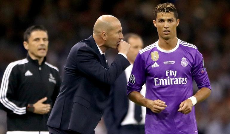 Cristiano Ronaldo Real Madrid: Cristiano no se va a mover del Real: Zinedine Zidane