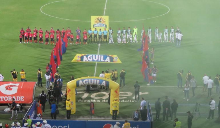 Medellín 1-0 Nacional clásico antioqueño 295: Con 10 hombres, Medellín se quedó con el clásico antioqueño 295