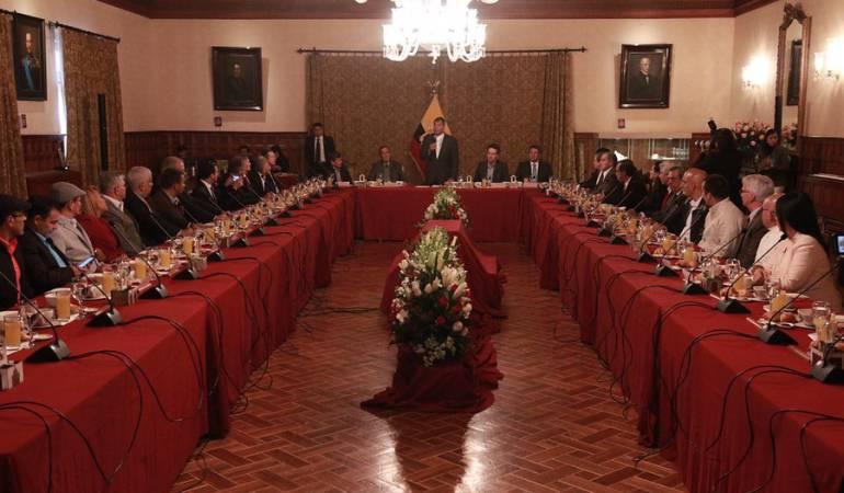 Gobierno y el ELN: Víctimas del conflicto se reunirán con el Gobierno y el Eln en Ecuador