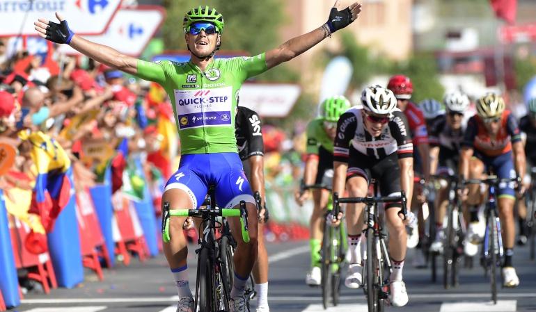 Mateo Trentin se lleva la etapa 13; Todo igual en la clasificación general