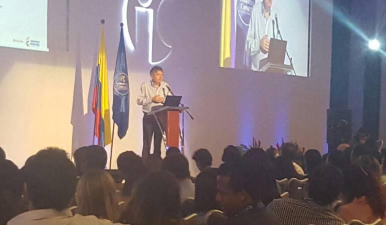 MinHacienda se pronuncia sobre próximas elecciones presidenciales: Propuestas populistas de candidatos pueden afectar confianza inversionista: MinHacienda