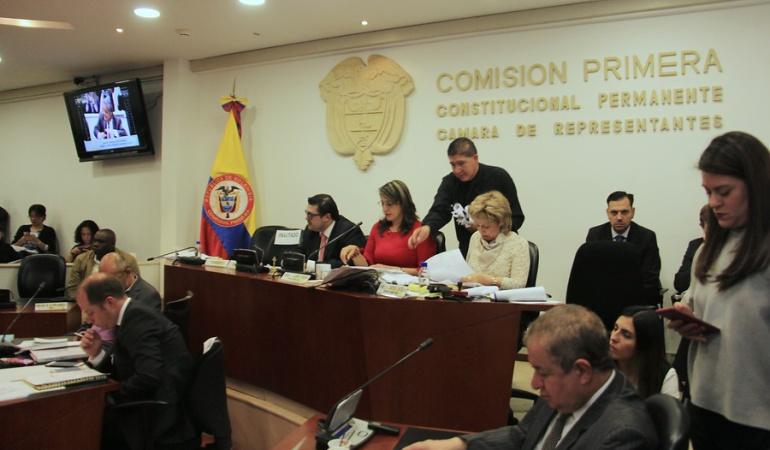 Aprobados en primer debate reforma política y tribunal de aforados