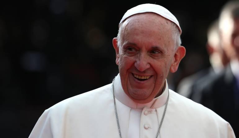 """Visita del papa Francisco: El papa pidió a los colombianos no quedarse """"parados"""" en la búsqueda de la reconciliación"""