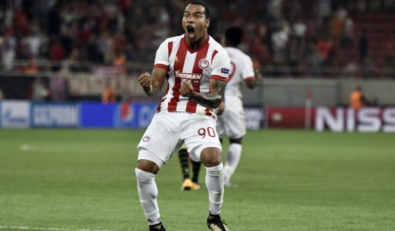 Felipe Pardo dos goles Liga de Campeones: Felipe Pardo marcó doblete en la derrota del Olympiacos en Liga de Campeones