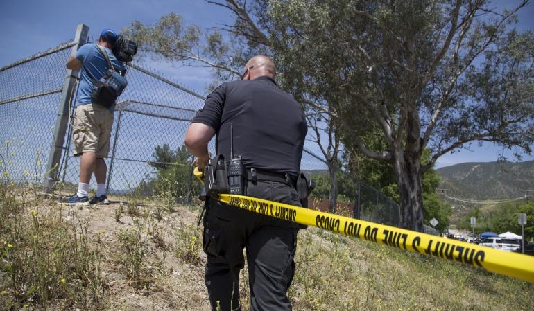 Al menos un muerto y cinco heridos por un tiroteo en una escuela de EE.UU.