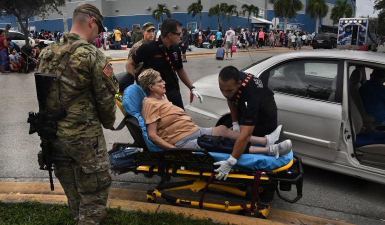 Huracán Irma: Ocho personas mueren en un asilo de Florida sin luz tras el paso de Irma