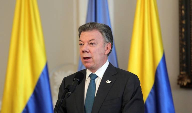 Santos presupuesto: Aumento de 1 % en el presupuesto demuestra cumplimiento de la austeridad fiscal: Santos