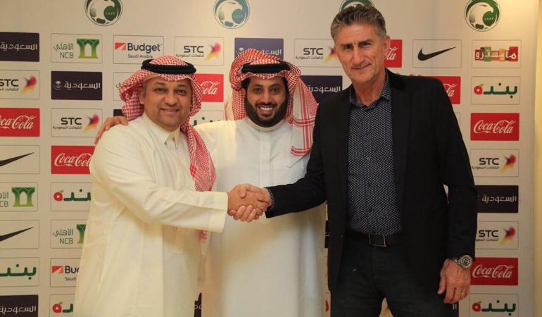 Edgardo Bauza técnico Arabia Saudita Mundial Rusia 2018: Edgardo Bauza, primer argentino clasificado al Mundial de Rusia 2018