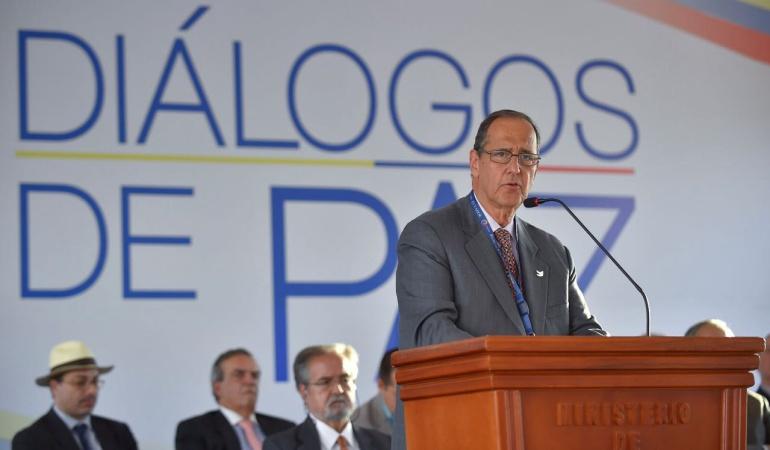 El jefe de la delegación del Gobierno, Juan Camilo Restrepo.