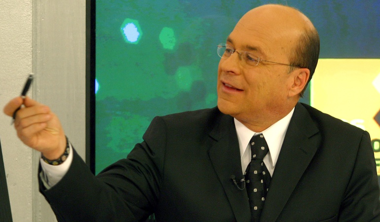 Carlos Antonio Vélez regresa a RCN