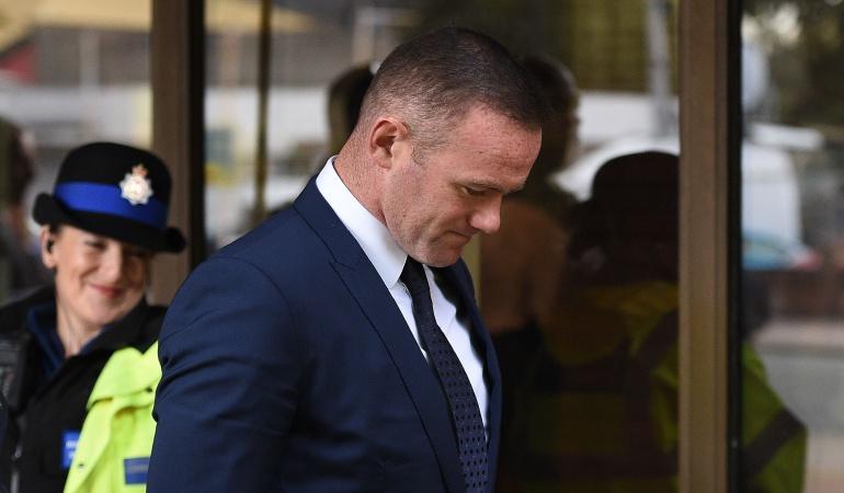 Rooney borracho: Rooney pierde licencia de conducción y hará trabajo comunitario