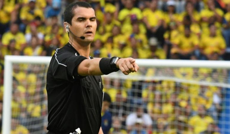 Brasileño Ricardo Marques dirigirá el juego entre Colombia y Paraguay
