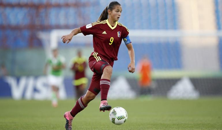 Con 18 años, la venezolana Deyna Castellanos luchará por el premio The Best