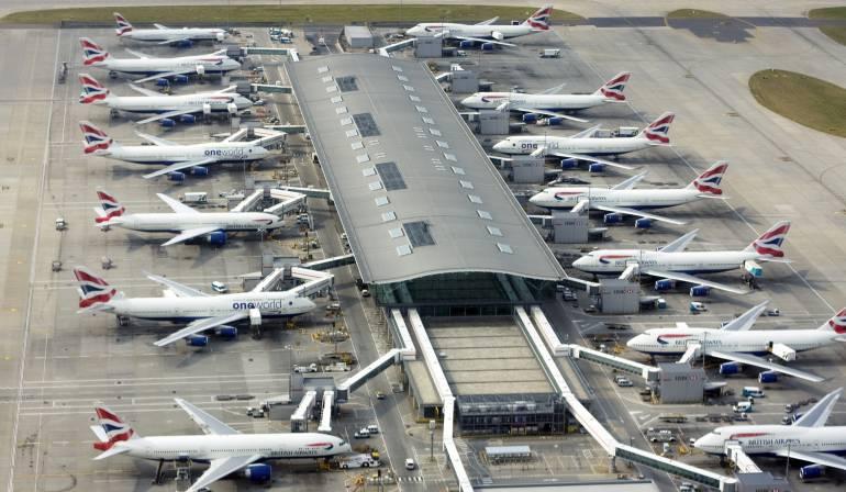 Fallo informático Heathrow: Un fallo informático en varias aerolíneas causa largas esperas en Heathrow