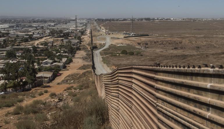 Muro entre México y Estados Unidos: Comité del Congreso de EEUU aprueba 10.000 millones de dólares para el muro