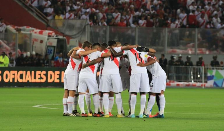 Perú torneo aplazado repechaje Nueva Zelanda: Perú suspende un mes su torneo para preparar repechaje ante Nueva Zelanda
