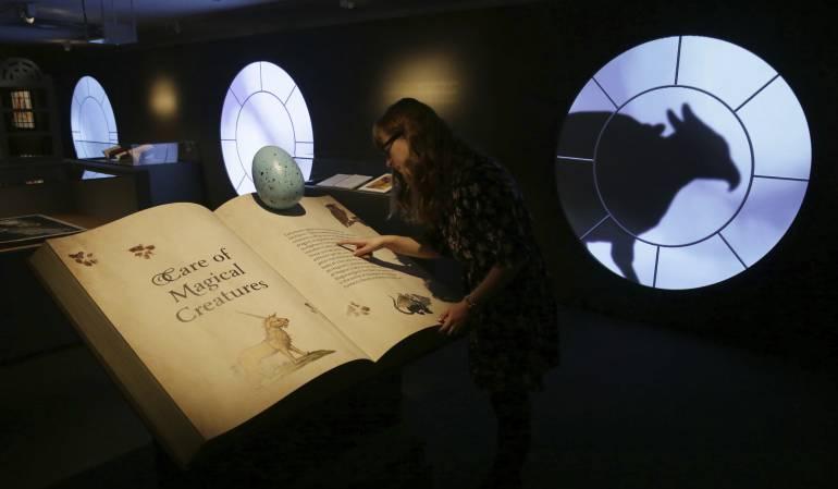 Aniversario número 20 de Harry Potter: Inauguran exposición por el aniversario número 20 de Harry Potter