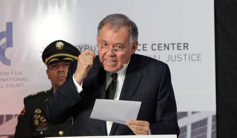 La Corte Suprema inicia investigación a Alejandro Ordóñez