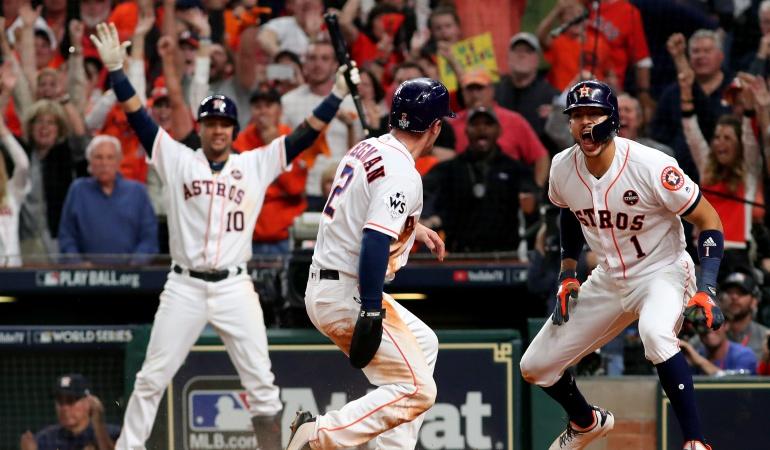 Serie Mundial de béisbol Astros: Astros a un triunfo del título en la Serie Mundial de béisbol